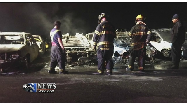 Richmond Auto Auction >> Authorities Investigating After 10 Cars Damaged In Fire At Richmond