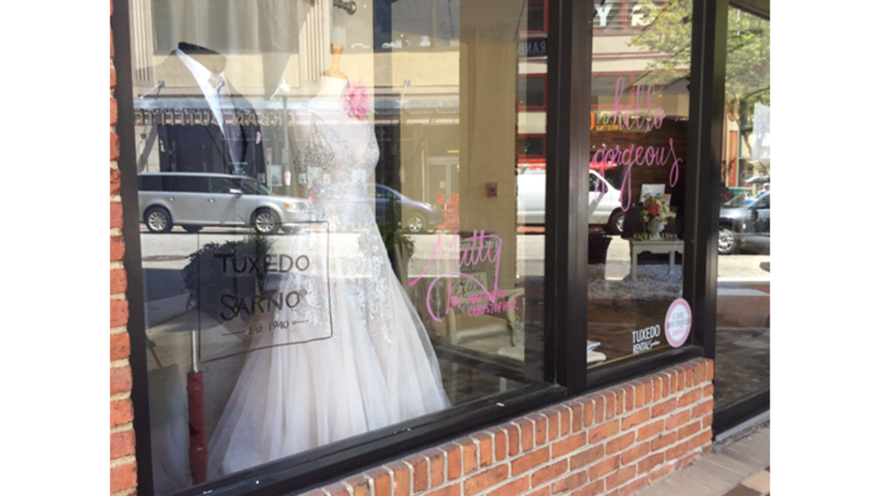 Wedding dresses going on sale as bridal store shuts down