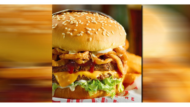Teachers, school employees eat free at Red Robin on Tuesday