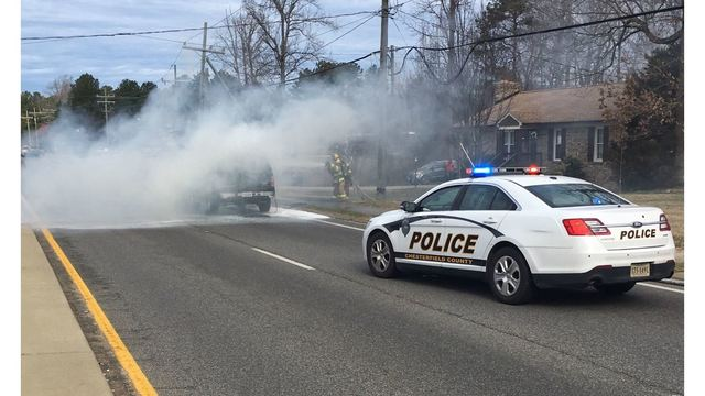 Vehicle fire shuts down portion of Genito Road in Chesterfield County