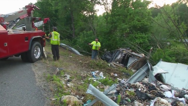 I-95 reopens after tractor-trailer hauling trash crashes near Kings