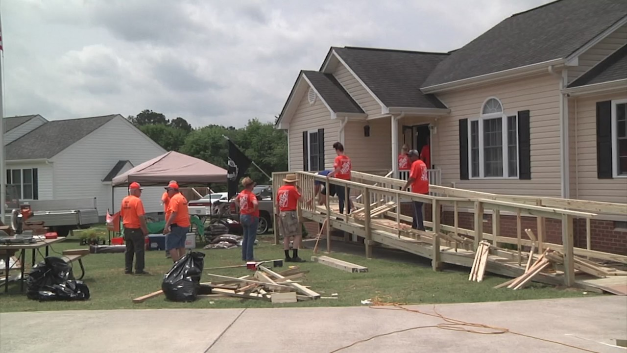 Local groups help build access ramp for disabled veteran