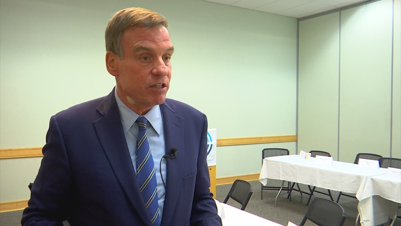 Sen. Warner meets with Jewish leaders to talk efforts to stop hate crimes in Washington